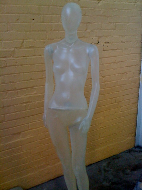 new mannequin trends