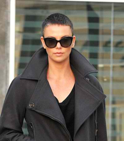 Charlize-Theron-growing-out-buzz-cut