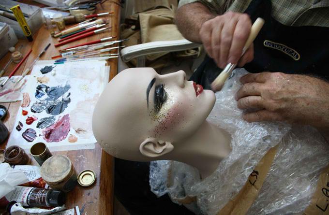 mannequib-make-up-hero