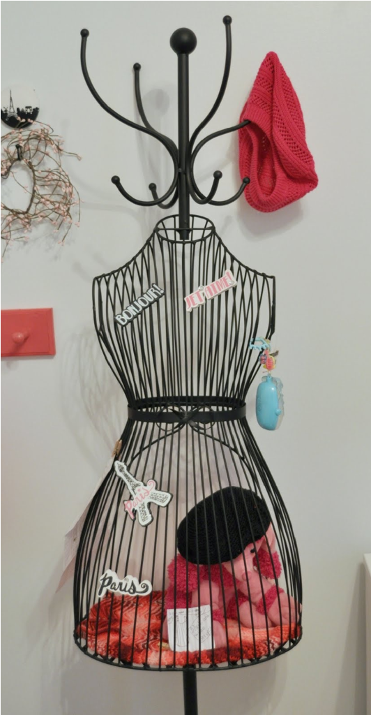 4 Reasons To Have A Dress Form In Your Bedroom