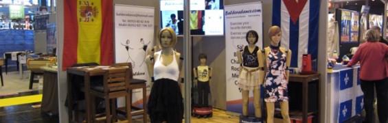 salsa-dance-mannequins