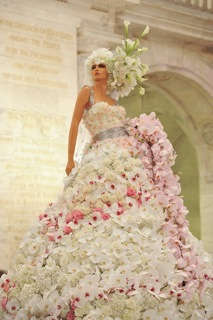 Unique Ways That Event Planners Use Mannequins At Weddings