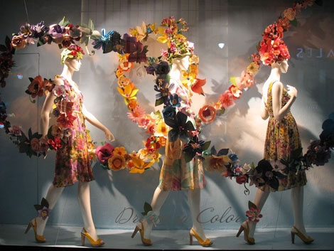 Stunning Retail Window Displays For Spring