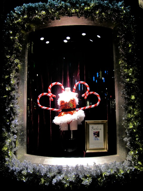 Have Victoria Secret S Holiday Window Displays Lost Their