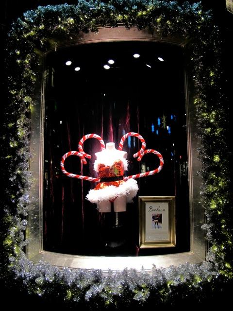Exhibition Displays Ideas : Have victoria secret s holiday window displays lost their